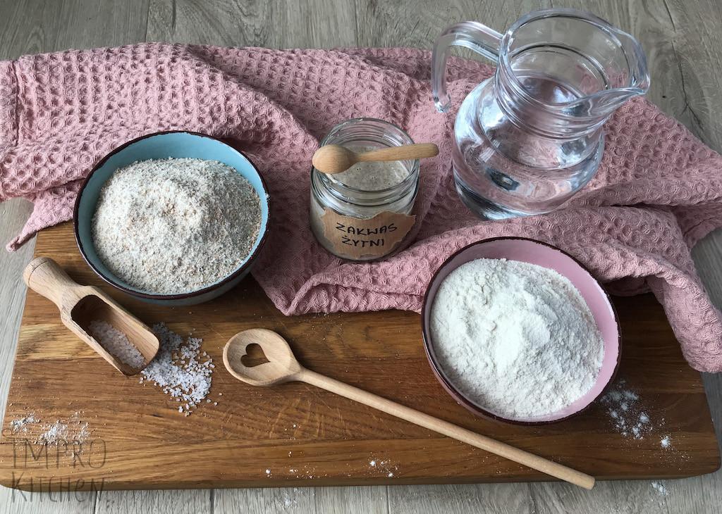Składniki nadomowy chleb nażytnim zakwasie