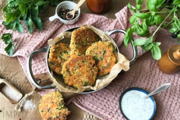 Kotleciki warzywne z serem halloumi